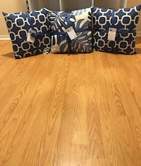 New with Accent pillows Barstow, 92311
