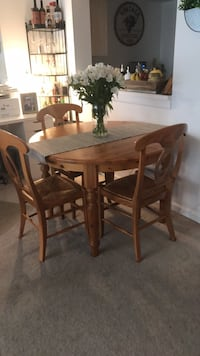 Pottery Barn Kitchen Table Alexandria, 22314