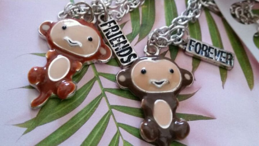 2 CHAINS WITH MONKEY CHARMS  FOR 2 FRIENDS 39554aee-7781-4392-8eb3-61932824bbf8
