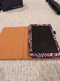 Android Tablet with pink case+minor screen scratch