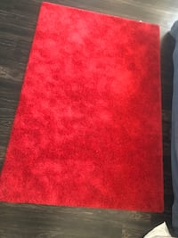 Dark red rug (4ft 4in x 6 ft 5in) PICK UP ONLY