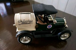 """ERTL Collectable 1918 Model """"T"""" Runabout Bank"""