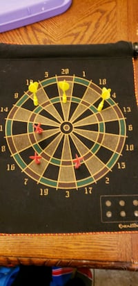 brand new mint condition magnetic dart board