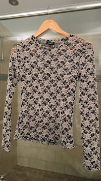 Dynamite lace top sz small brand new with tags  3712 km