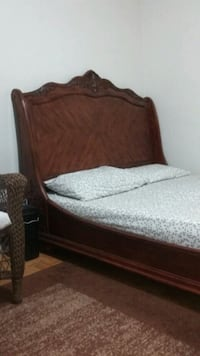 Solid wood Queen size Sleigh Bed Frame 538 km