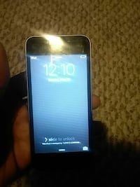 black iPod touch 4g