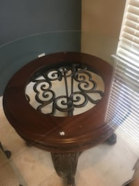 Custom Built Iron Wood Round Table Aldie, 20105