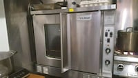 Commercial electric convection oven  Toronto, M6G 1M2