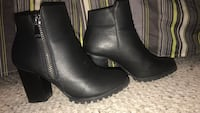 Black leather boots Brampton, L6V