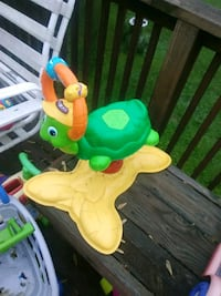 toddler's yellow and green ride on toy Hampstead, 21074