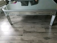 Beautiful mirrored coffee table Mississauga, L4Z 2Y8