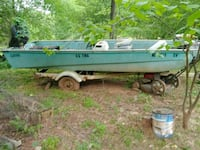 white and green speed boat Statesville, 28677
