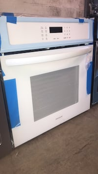 "Brand New Frigidaire 27"" single wall oven electric 6 months warranty  Baltimore, 21211"