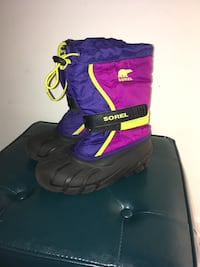 pair of black-purple-and-pink Sorel velcro duck boots