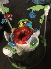 Rainforest Jumperoo. Barely used. Pristine condition. Without box. Fully assembled.  46 km