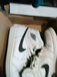 Men's Retro 1 size 11 like new Richmond, 47374