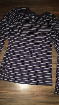 Black and white striped crew-neck shirt Cornwall, K6J 4R6