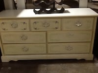 white wooden 3-drawer dresser Rockville, 20850
