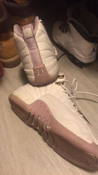 pair of white-and-brown Nike sneakers Katy, 77449