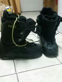 Deluxe snowboard boots size 11.5