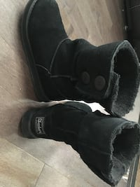 Sketchers winter boots size 6.5 PICK UP POINTE CLAIRE ONLY!
