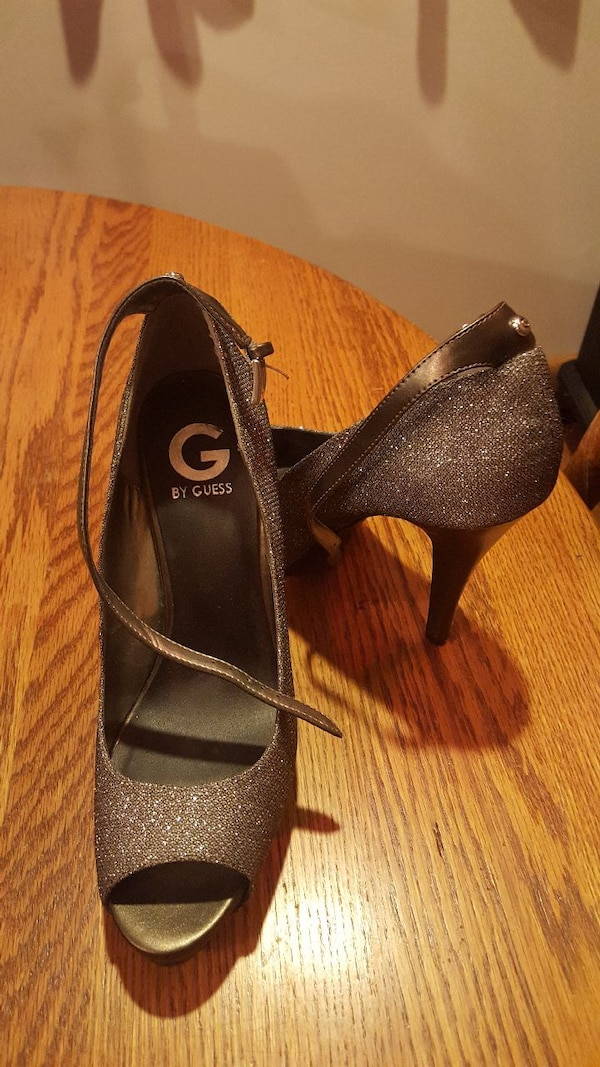91107abb07c2 Used Guess heels for sale in Clinton - letgo