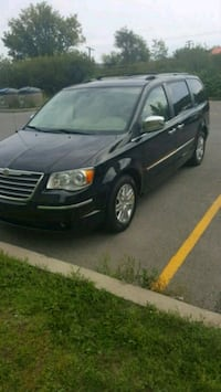 2010 Chrysler Town and Country Vaudreuil-Dorion