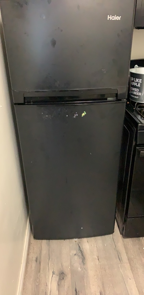 Small apartment size refrigerator. Must go soon! Price Reduced
