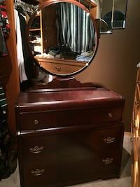 Vintage solid wood dresser and mirror Airdrie, T4A 2A7