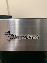 Magic Chef 5.8 Cu.Ft. 178 Cans cooler Burnaby, V3J 7C5
