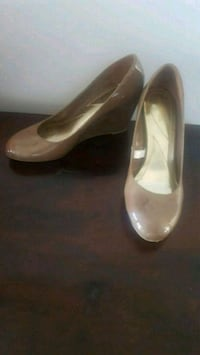 Women's new patent nude wedges from Target sz 6 Hamilton, L0R 1C0