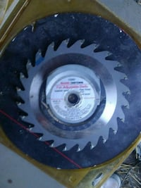 Saw blades. Brand new in packs Appomattox, 24522