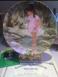 Vintage Brand new collector plate with certificate.  Toronto, M9N
