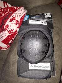 brand new roller blade knee pads size large Ottawa