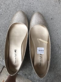 pair of gray leather flats Brampton, L7A 1H5