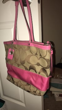 Authentic pink coach bag! San Diego, 92108