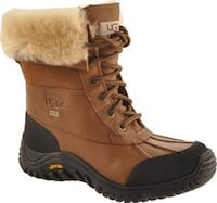 Uggs boots size 9 Laval, H7N 2M6