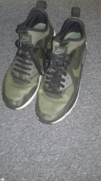 2 marks pair of green and black Nike shoes offers Greater London, N1 3HW