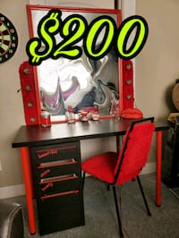 Valentine's makeup vanity! All you see is included!