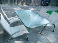 Outdoor table and chairs Hamilton