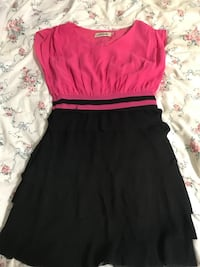 Women's red and black dress St Catharines, L2P 2A4