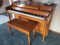 brown wooden upright piano with chair Eugene, 97405