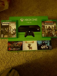 Xbox One console with controller and game cases San Dimas, 91773