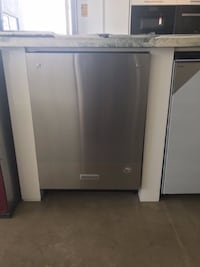 Kitchenaid KDTM404ESS 24 in. Top Control Dishwasher with ProScrub