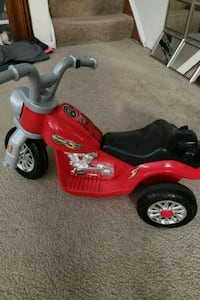 toddler's red and black trike Glen Burnie