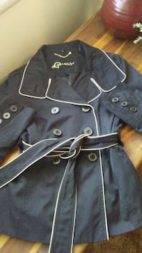 Classy belted Guess coat...$150 value Barstow, 92311