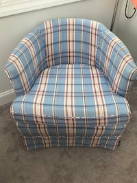 Small sitting room chair Mount Pleasant, 29466