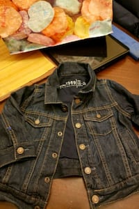 lighty lined GAP jean jacket Camden