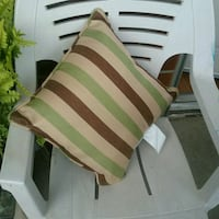 I have 2 of them ( outdoor pillows ) London, N6H 4P3