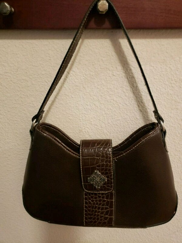 1a831a36e Used Dark Brown Hobo Style Purse for sale in Conroe - letgo
